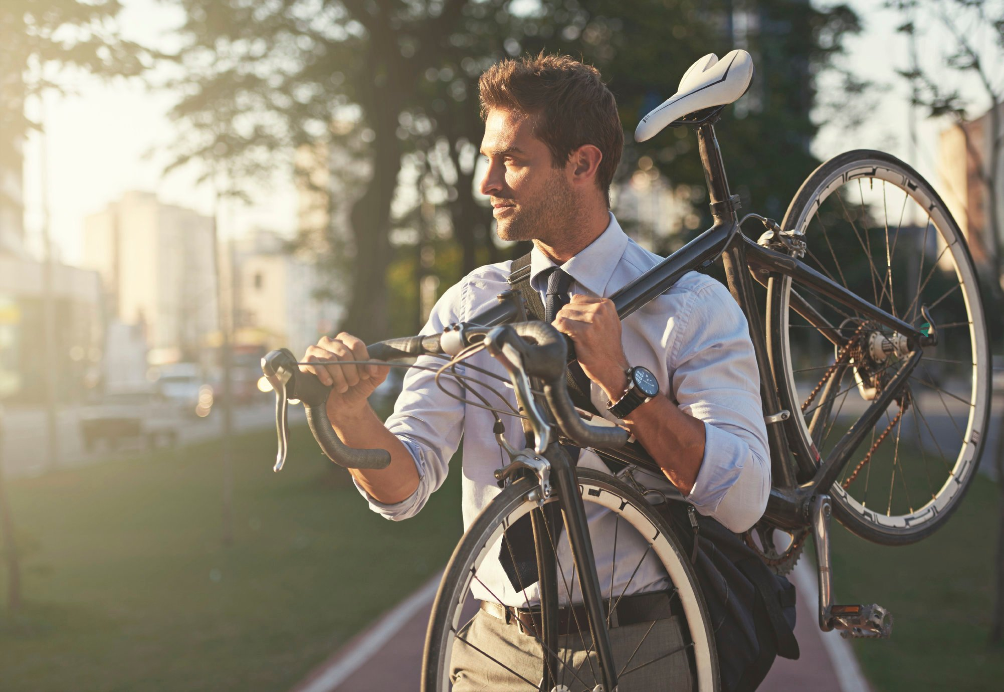 Just one in ten Brits cycle to work